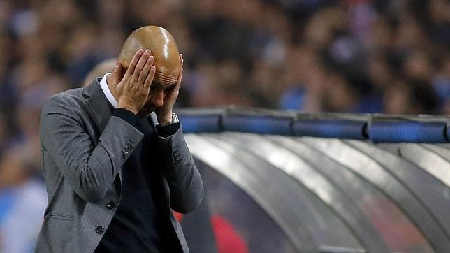 Aficionados del Bayern piden salida de Guardiola