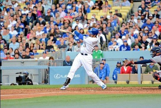 Adrián González  llega 999 carreras impulsadas - Foto de @Dodgers