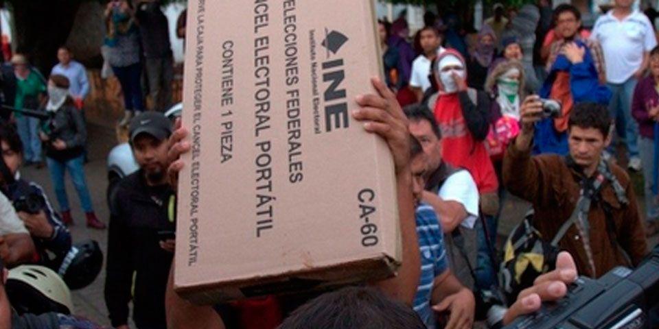 Mueren dos esperando turno para votar - Foto de @VertigoPolitico