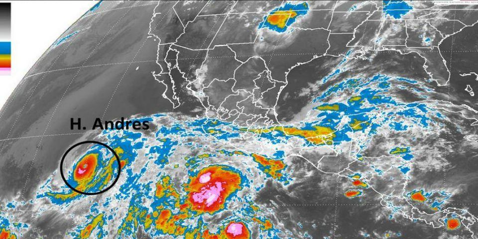 Huracán Andrés se aleja del país como categoría 4 - Foto de @conagua_clima.