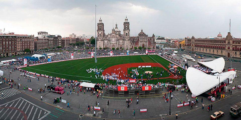 """Inician actividades de """"Home Run Derby"""" en el Zócalo - Foto de La Razón de México"""