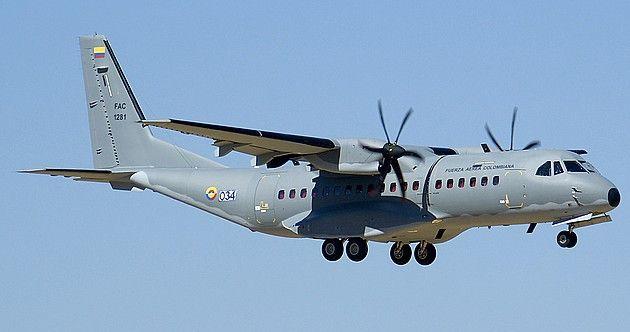 Se desploma avión militar en Colombia - Foto de Airliners
