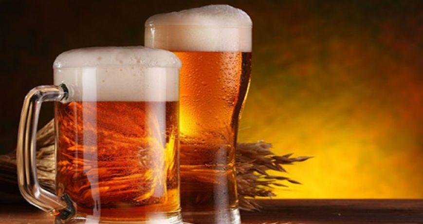 los mexicanos aman la cerveza clara y las caguamas