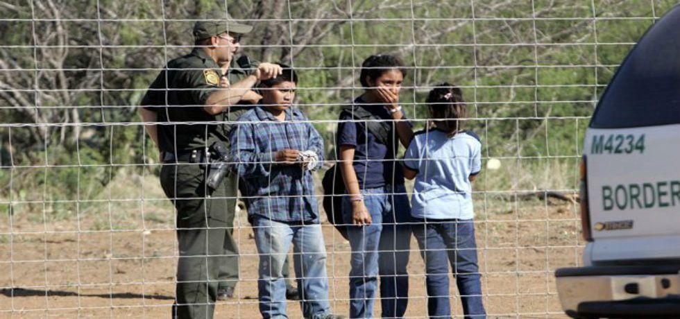 Baja 54% el número de niños migrantes no acompañados que ingresan a EE.UU. - Foto de Internet