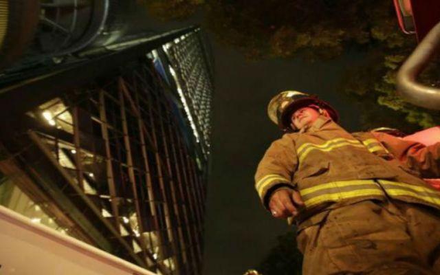 Incendio en la Torre Bancomer - Foto de El Universal.