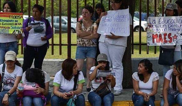 Jóvenes rechazados del IPN exigen más plazas - Foto de Internet