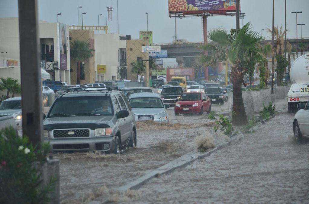 Ya son cuatro muertos por fuertes lluvias en el Estado de México