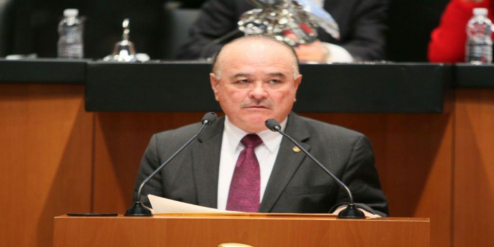 Ernesto Ruffo buscará candidatura presidencial para 2018 - Foto del PAN.