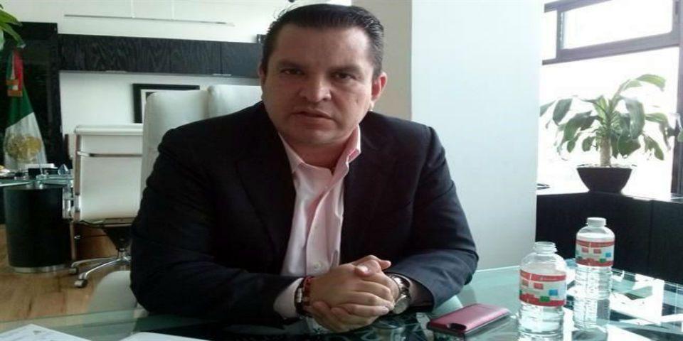 Exalcalde de Naucalpan seguirá en la cárcel - Foto de Reforma.