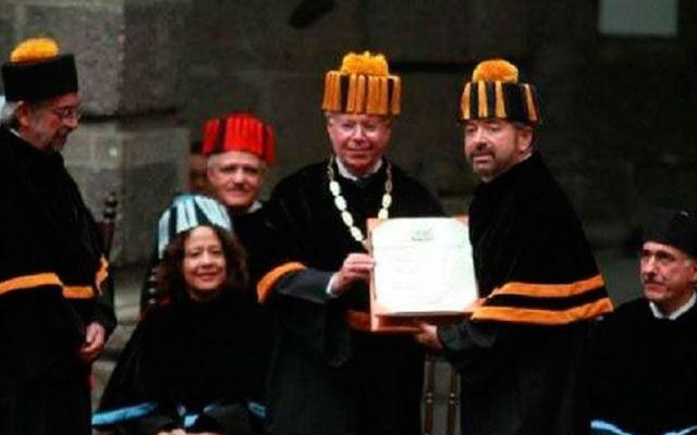 Entrega UNAM 11 Doctorados Honoris Causa - Foto de La Jornada