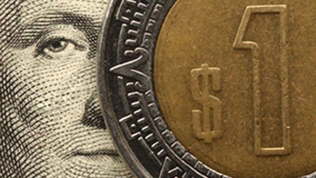 Dólar abre con ligera recuperación, se vende en 16.71 pesos - Foto de Archivo