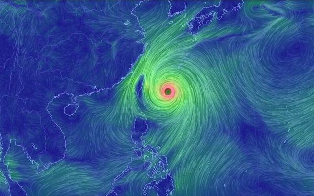 Taiwán en alerta ante llegada de tifón Dujuan - Tifón Dujuan cerca de Taiwán - Foto de mashable.com/