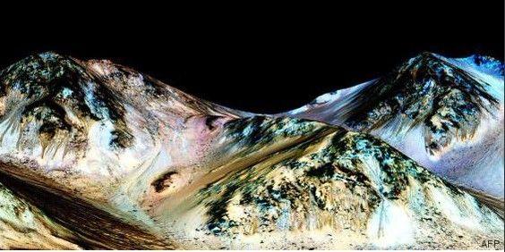 Marte podría albergar agua en su superficie