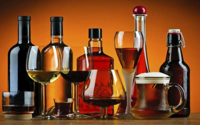 Mercado ilegal de alcohol deja pérdidas de 6 mil mdp: SAT