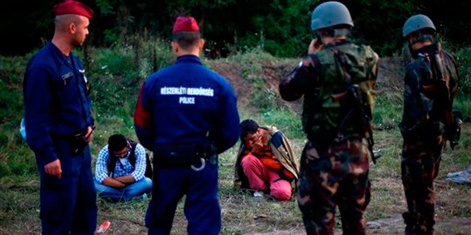 Hungría declara estado de emergencia en frontera con Serbia - Foto de AP