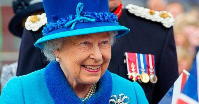 Reina Isabel rompe récord como monarca de GB - Foto de @BritishMonarchy