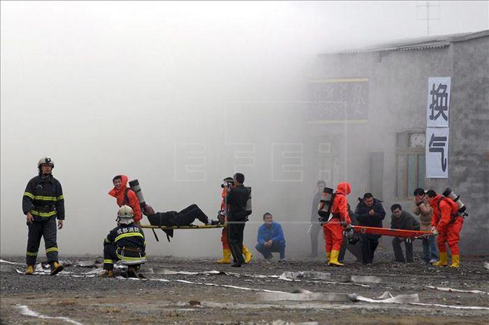 Hospitalizados 190 en simulacro de incendio en China - Foto de EFE