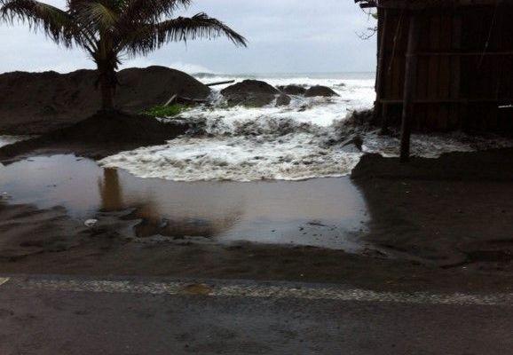 Difícil evacuación en Puerto Vallarta y Bahía de Banderas: Osorio Chong - Huracán en Bahía de Banderas. Foto de Noroeste