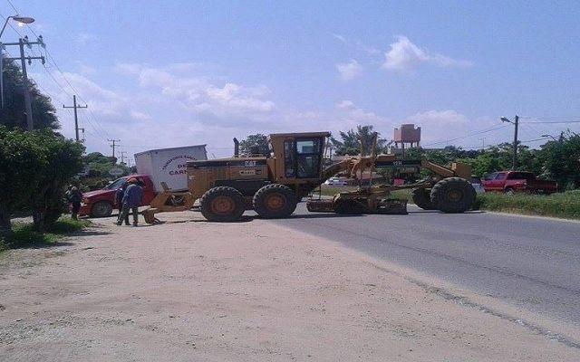 Bloquean alcaldes carretera al sur de Veracruz