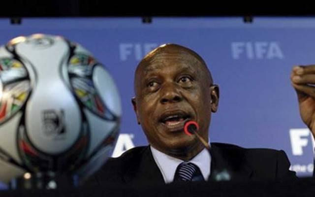 Africano Tokyo Sexwale busca presidencia de la FIFA - Foto de AP