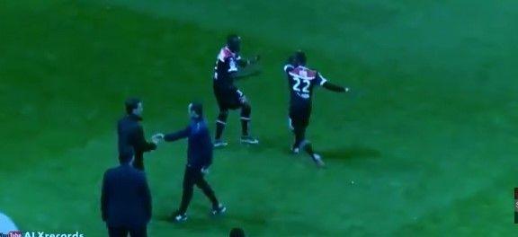 Futbolista hace berrinche por ser expulsado - Foto obtenida del video