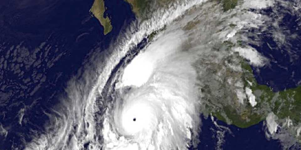 Advierte ONU posibles efectos catastróficos de Huracán Patricia en México - 1. Huracán Patricia. Foto de @WMOnews