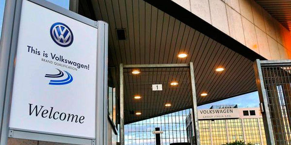 Catean oficinas de Volkswagen en Italia - Foto de @corriereveneto