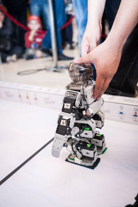 """El robot mexicano tiene por nombre """"El Chavo"""""""