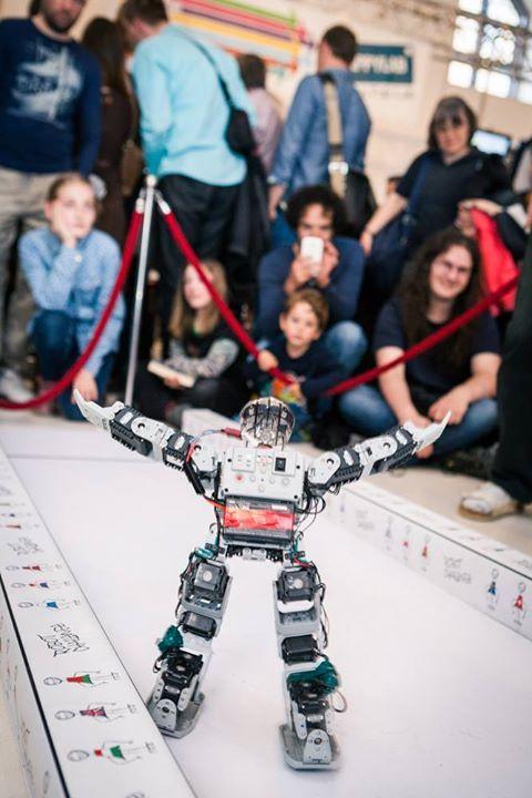 "Robot ""El Chavo"""