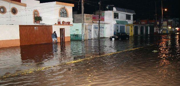 Declaran emergencia en Jalisco y Michoacán por afectaciones de Patricia