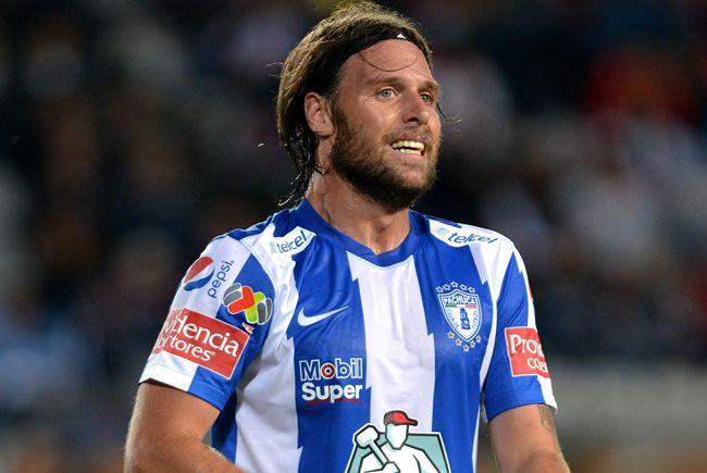 Cavenaghi marcó 4 goles en 21 partidos de liga con Pachuca. Foto de Futbol Total