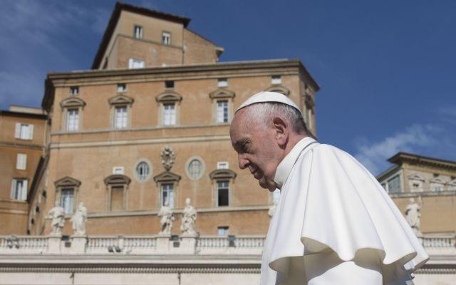 """Papa pide no """"blindar"""" las puertas de la Iglesia - Foto de AP"""