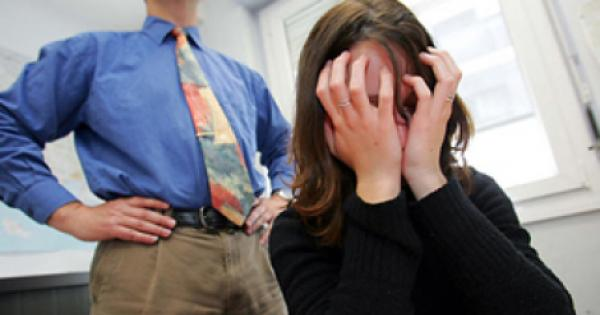 Consignan a servidor público por hostigamiento sexual - Prevención de acoso en Jalisco.// Foto de Unionjalisco.com
