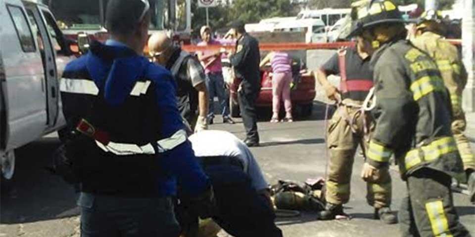 Sancionarán a responsables por muerte de bebé que cayó a coladera - Foto de Fire News