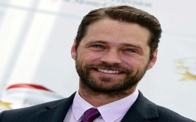 Actor de Beverly Hills 90210 sufre conmoción - Foto de internet