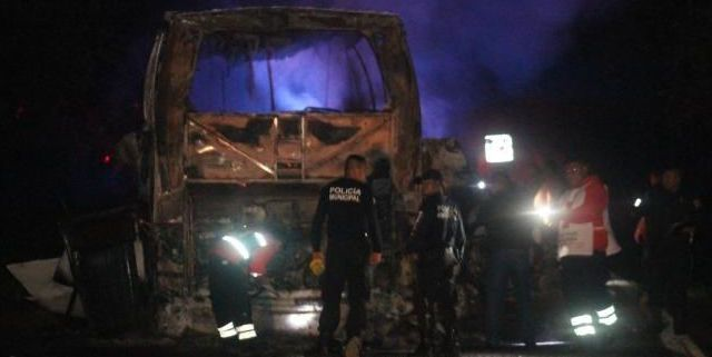 Choque en carretera México-Tuxpan deja 24 muertos