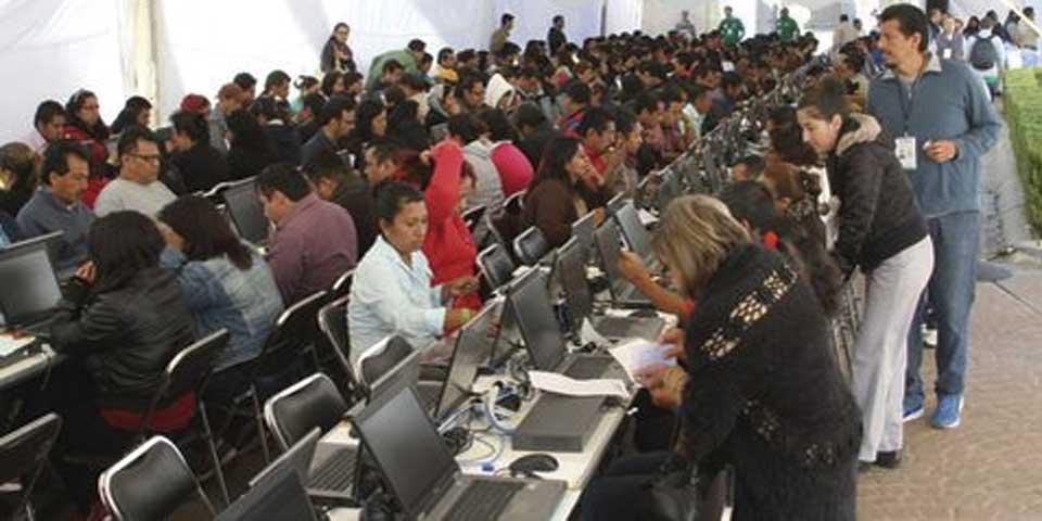 Reprograman evaluación para docentes con falta justificada en Oaxaca - Foto de Milenio