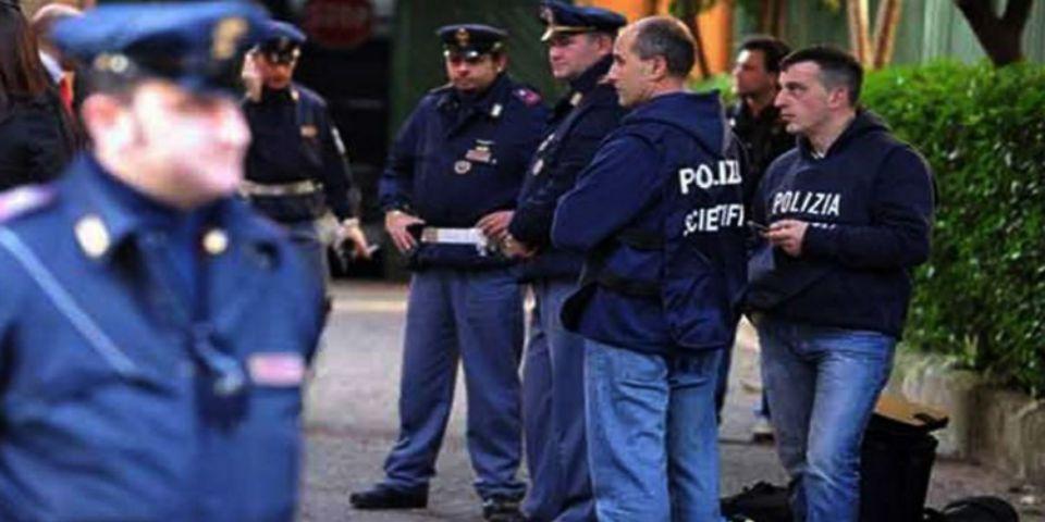 Italiano se inmola frente a la mansión de Berlusconi - Foto: internet