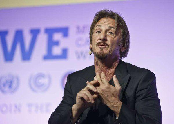 Sean Penn durante su intervención en la COP21. Foto de AP