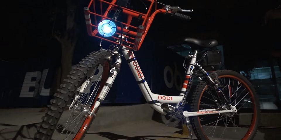 Universitarios en Puebla diseñan bicicleta generadora de electricidad