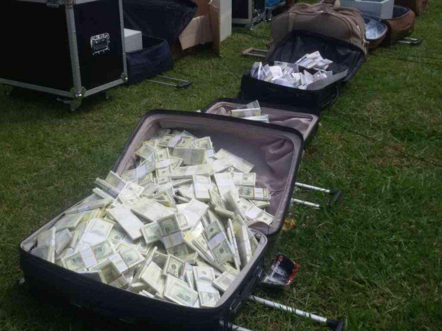 Detienen a dos por tener más de 700 millones de dólares falsos - Foto de The Star Kenia