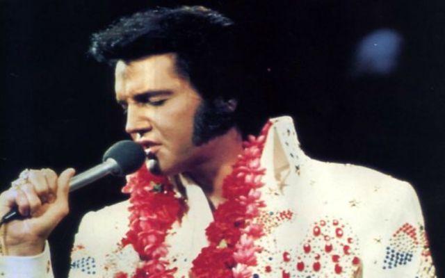Fanáticos de Elvis Presley deben pagar para visitar su tumba - elvis presley
