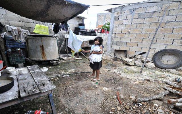 Uno de cada dos niños vive en situación de pobreza en México: UNICEF - Foto de Antena San Luis.