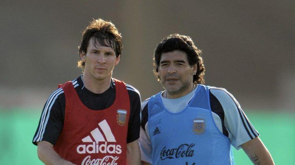 Lionel Messi y Diego Armando Maradona. Foto de thedailystar.net