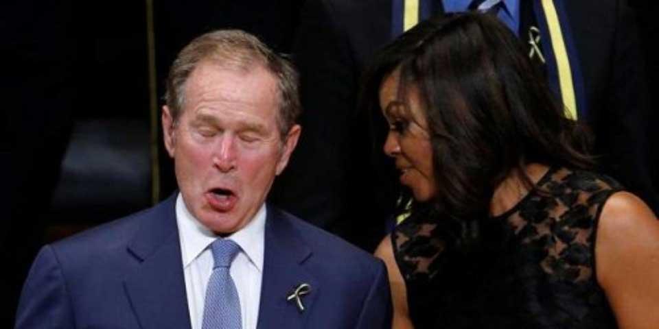 Video: George Bush baila en ceremonia por policías asesinados - Foto de Internet