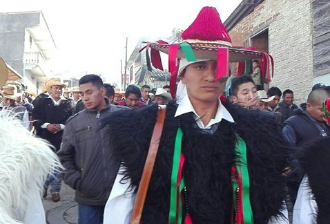 Entregan bastón de mando a nuevo alcalde de San Juan Chamula