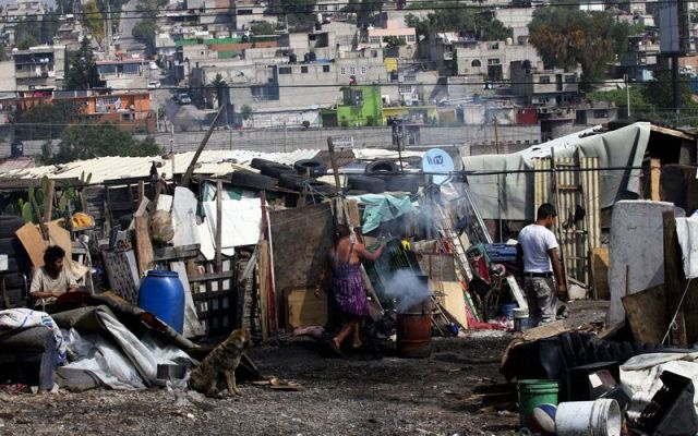 Captación del ingreso familiar que elaboró el INEGI es incongruente: CONEVAL - Foto de Internet
