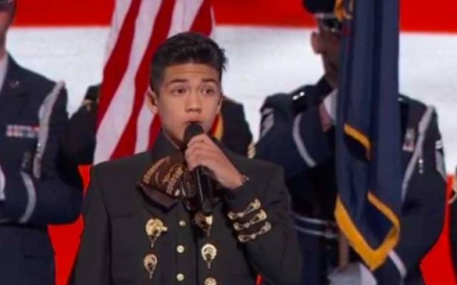 Video: joven mariachi canta en Convención Demócrata - Foto de ABC News