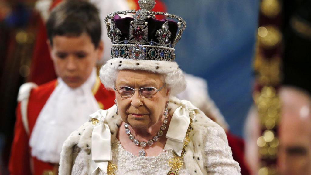 Las coronas más impresionantes de la Reina Isabel II - Reina Isabel. Foto de Internet