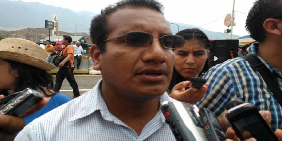 Vidulfo Rosales, representante de los padres de los 43. Foto de Internet